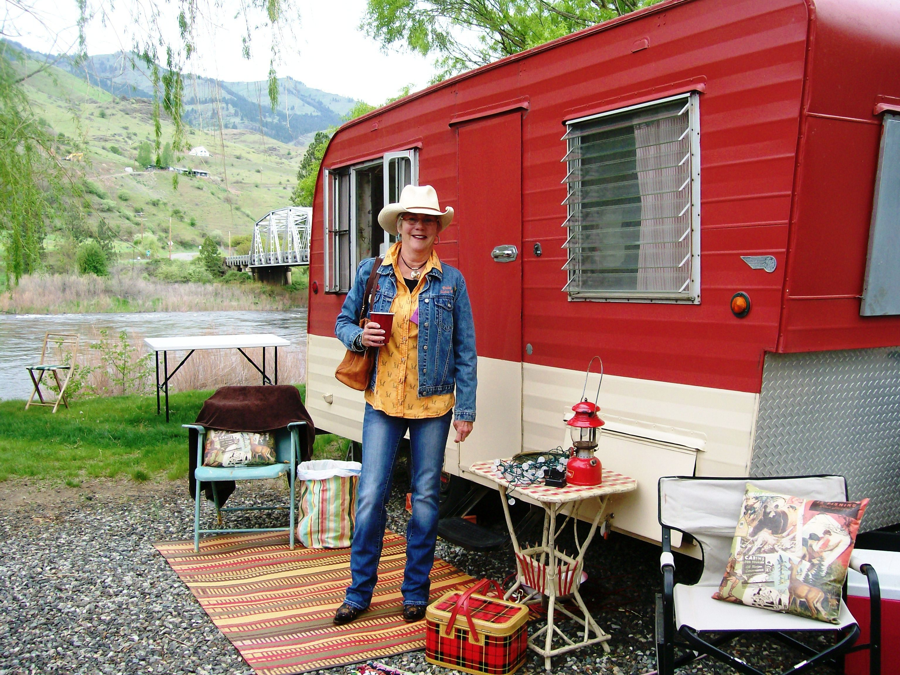 117 best happy glampers images on pinterest vintage campers vintage caravans and vintage trailers