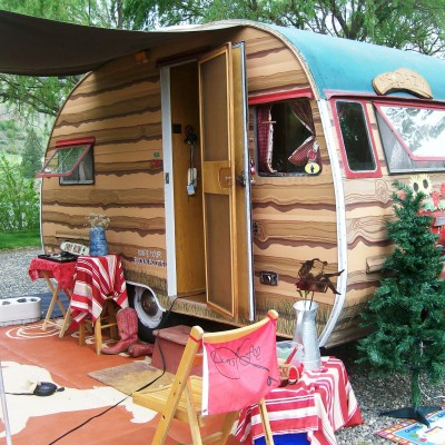 Glamping at Swiftwater in Vintage Trailer